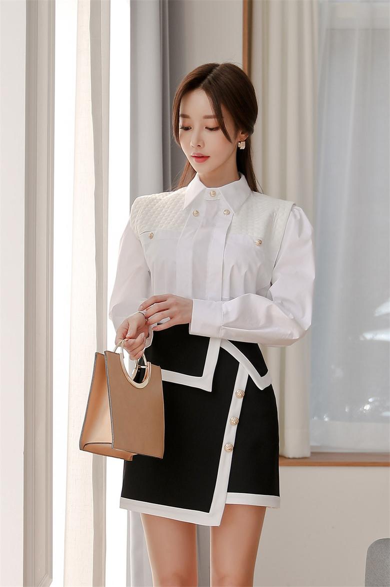 孙允珠:白皙皎月北欧经典褶皱衬衣裙