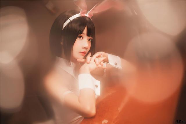 人气coser桜桃喵作品图包合集精选丨加藤惠·兔女郎
