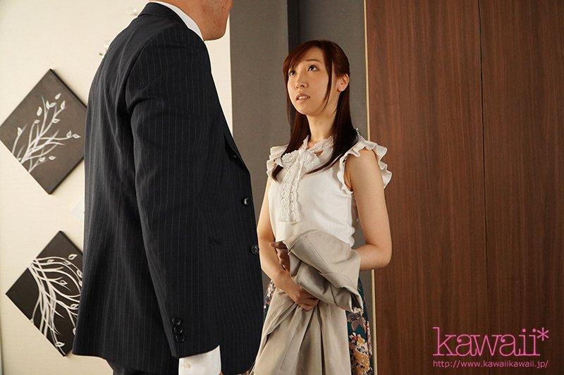 CAWD-089 :美尻未婚妻皆川优菜完全陷入了部长的爱抚疯狂做爱!