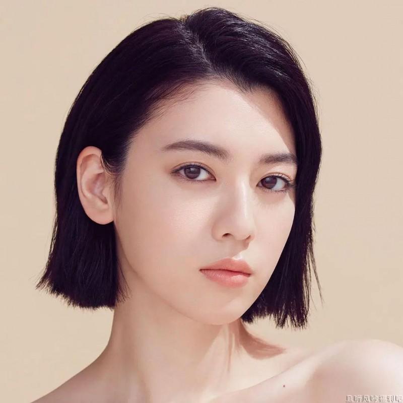 三吉彩花:周杰伦歌曲《说好不哭》MV女主角