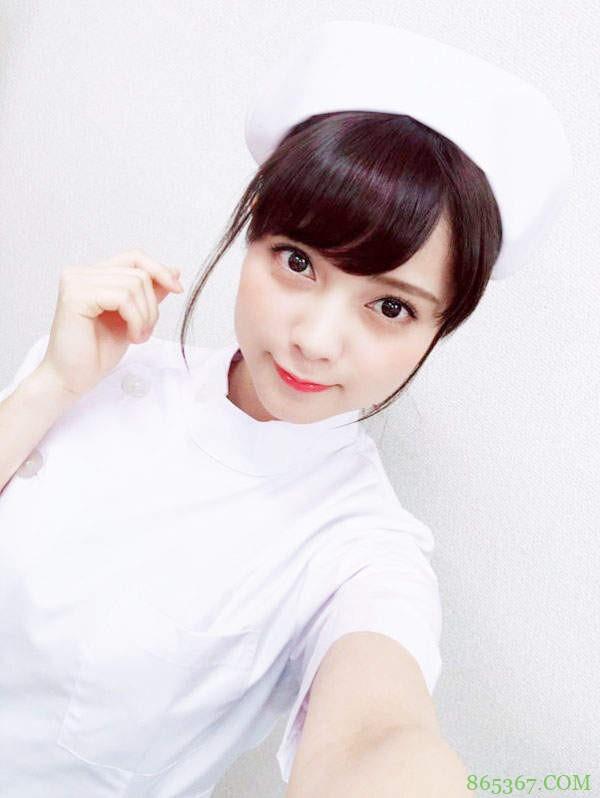 桃月梨子(桃月なしこ)最新写真 美女小护士上演女警制服诱惑