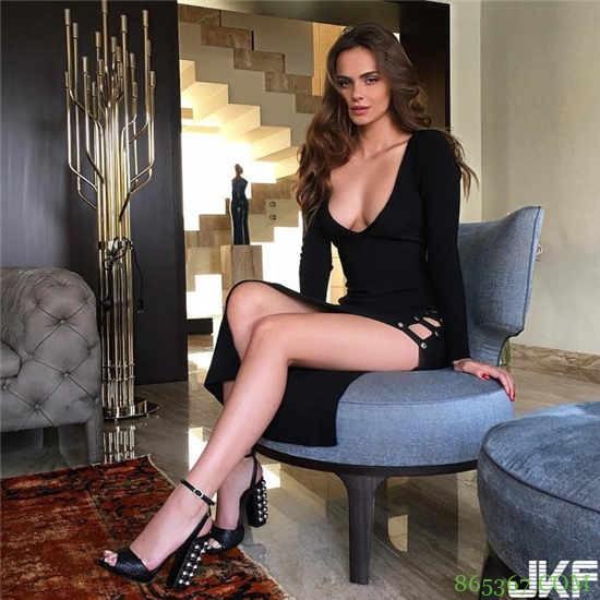 欧美正妹Xenia Deli调情影片尺度大开 羞涩美女蜕变熟魅力女人