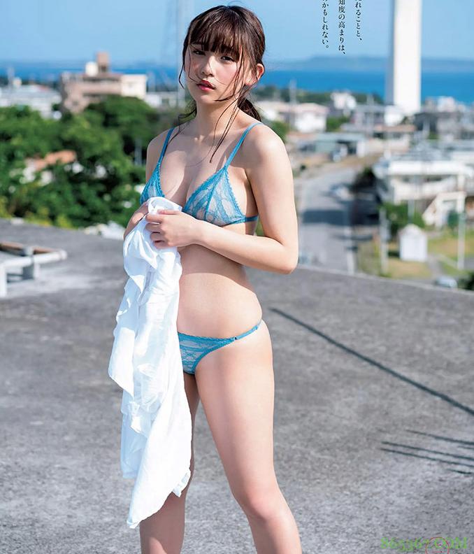 童颜巨乳浅川梨奈性感泳装写真 E罩杯爆乳令人浑身充血