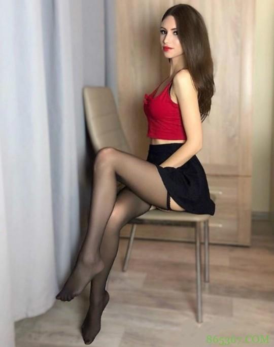性感模特Anna Kostkowska 美乳若隐若现激起情欲