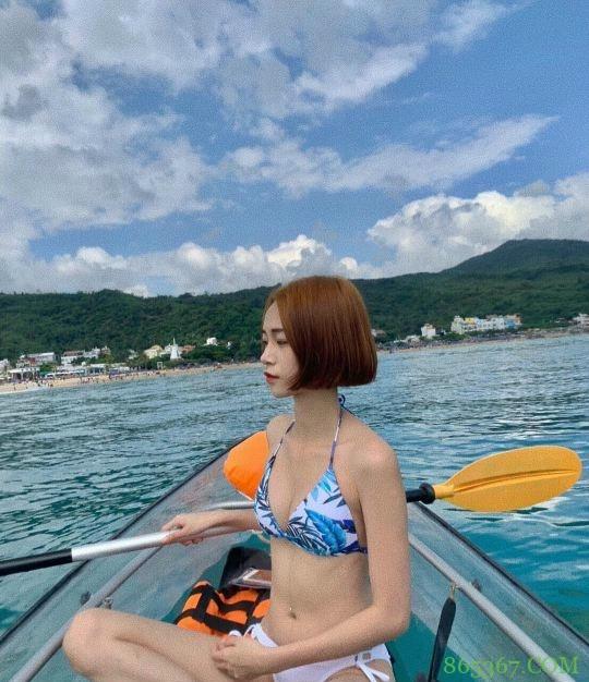 美女观音坐莲15P 高冷美女沙滩比基尼软萌香甜