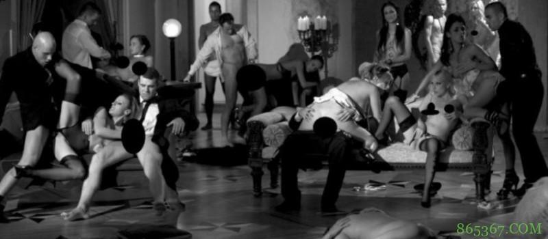 男女性交实战动态图 性爱派对9女战19男