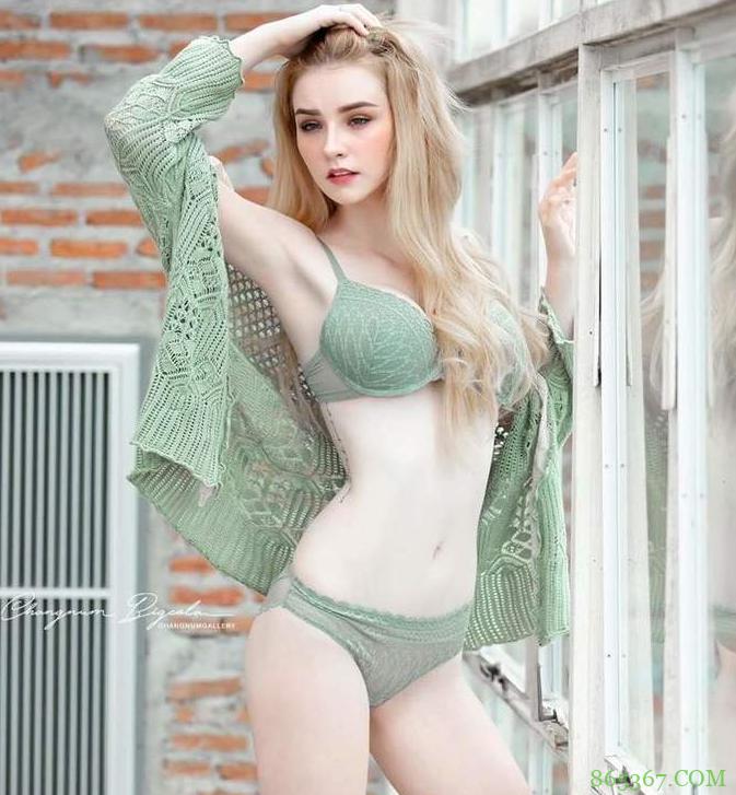 性感混血美女奶奶呼之欲出 泰国豪乳妹Jessie Vard胸器令人喷鼻血