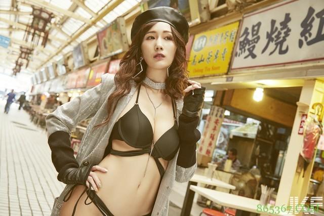 神乳京香Julia做爱会失神 登上JKF杂志12月号封面女郎