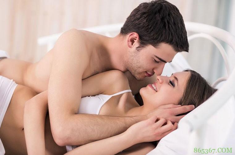 性爱姿势幻想与实践不同 晨炮不一定性感又浪漫