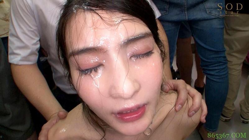 本庄铃STARS-303 高中女教师遭学生欺负裸体跑进学校