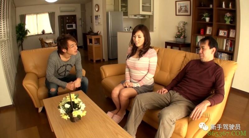 长泽梓GG-165 饥渴人妻与丈夫朋友厨房激战