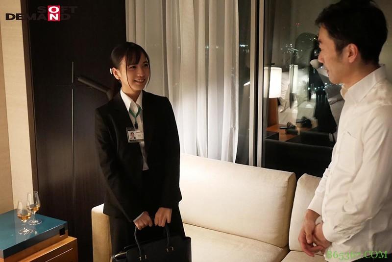 SOD社员「宫崎リン」入社一年终于!终于!终于被中出了!