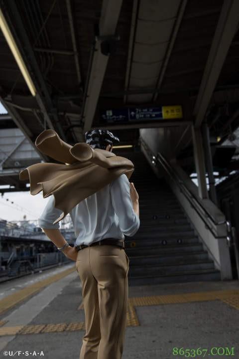 《蜡笔小新》野原广志第二弹模型 最棒好男人变身西装男