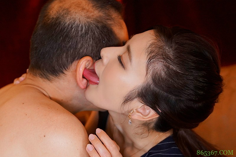 米仓穗香JUL-522 美熟女战力爆表