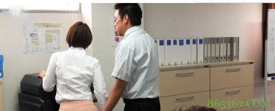 葵司好看作品SSNI-567 正义女工被高层领导攻陷