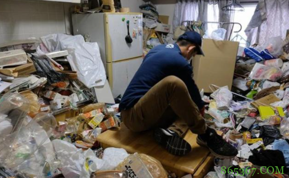 日本60岁宅男被手办砸死,还有人刷爆信用卡,手办虽好也应适度啊