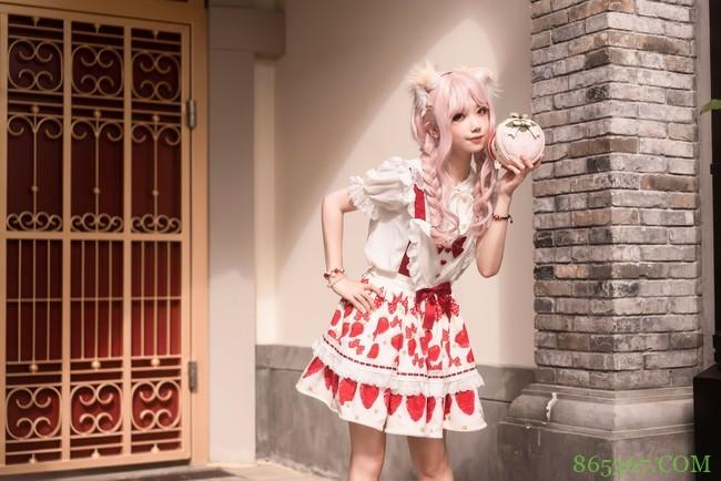 Lolita上新,甜甜草莓
