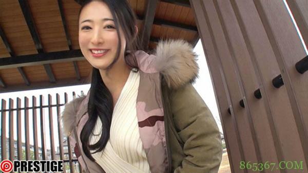 松冈铃BGN-058 新人美女主动求对方进去