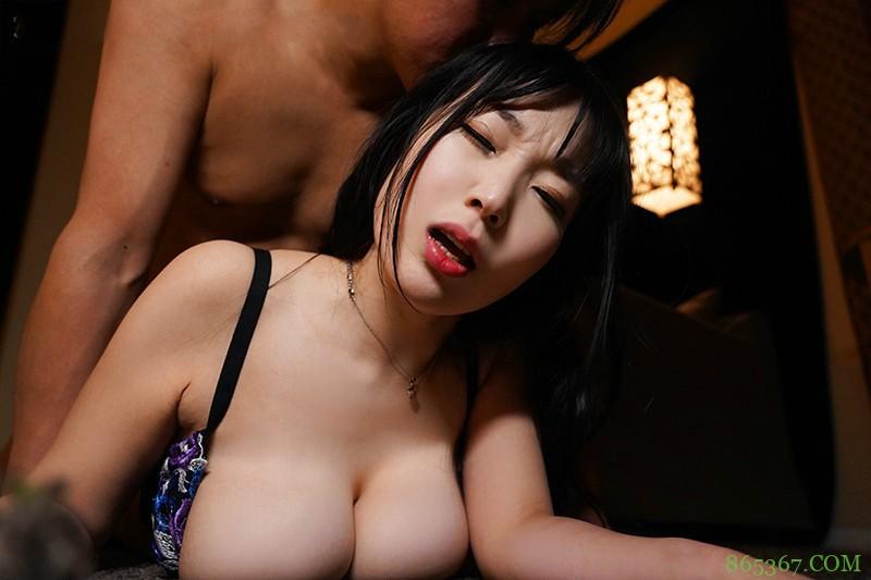 奈津音秋帆JUL-576 巨乳人妻瞒着丈夫寻欢