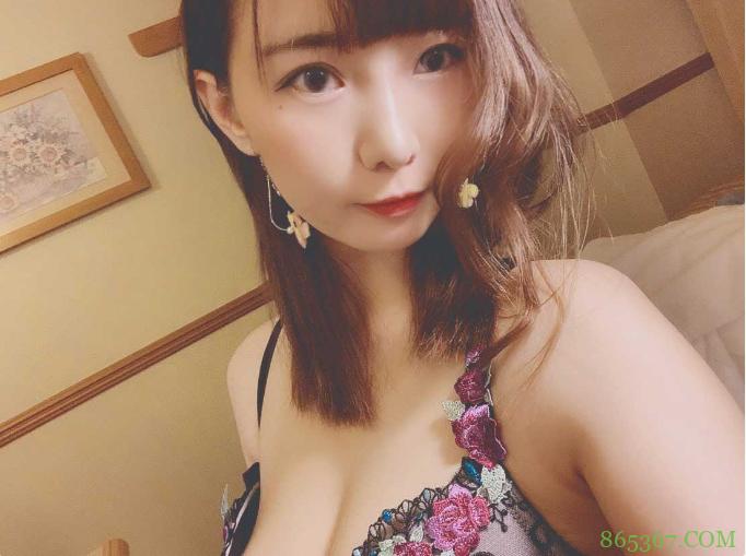 三浦瑠衣JUFE-263 高冷气质女秘书撞击声太美妙了