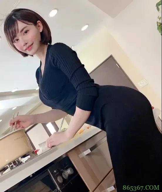 业界实力美女深田咏美 整容成功作品供不应求