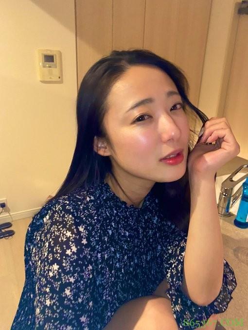 爱音麻里亚ABW-103 旅游途中的爱音まりあ更加美丽动人