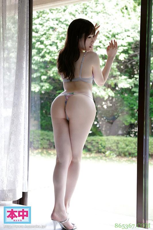 性趣与工作结合!卖内衣的美艳大姐姐被男优喂到饱!
